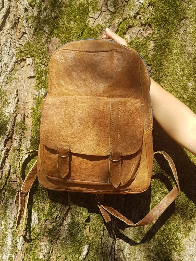 Sà-nùk - Leren rugzak tas gemaakt van buffelleer in Nepal