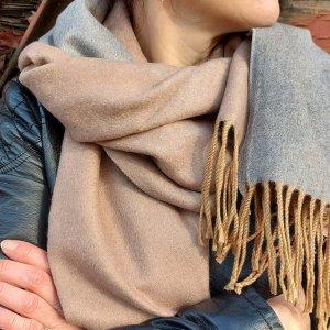Sà-nùk - sjaal Leena grijsbruin/grijs gemaakt van Kasjmier wol